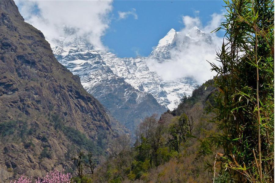 Kusum Kangaru Peak Climbing (6367m)