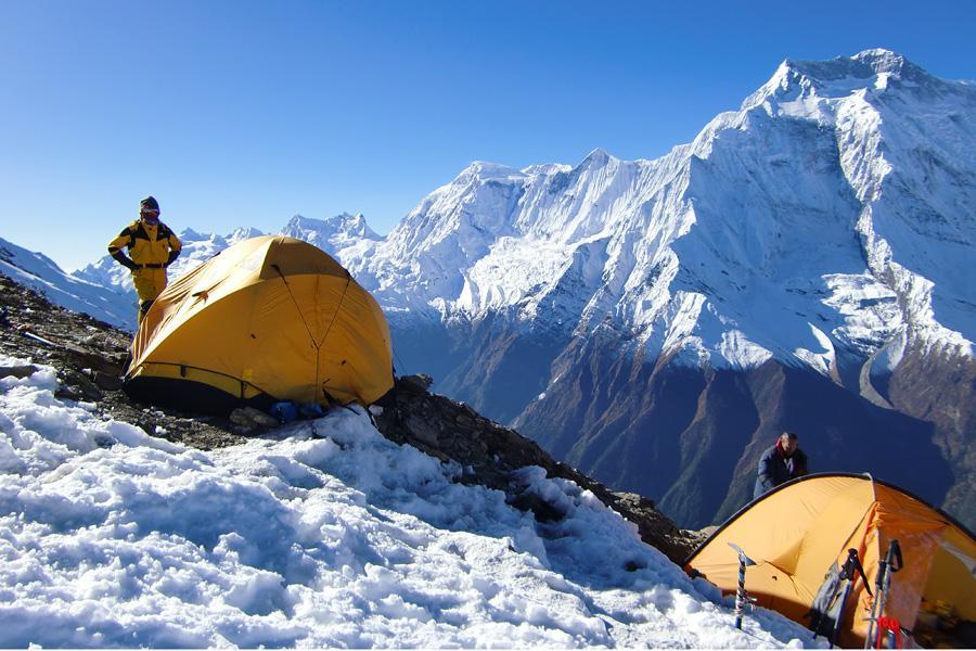 Pisang Peak Climbing (6091m)