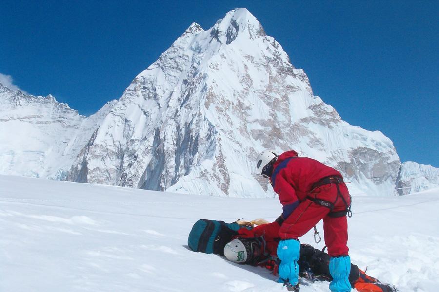 Pumori Expedition (7169m)