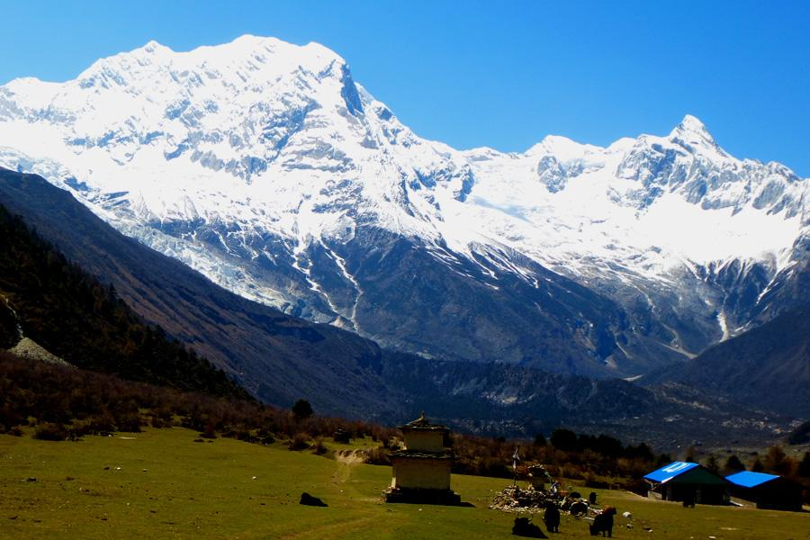 View of the Manaslu Ranges near from Sama Gaon