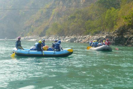Classic Nepal Tour (Rafting, Safari & Himalayan Scenery)